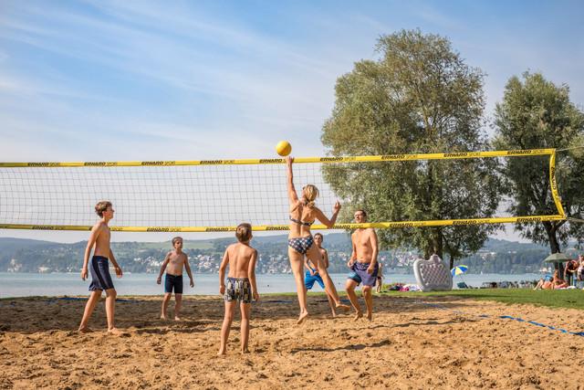 Konstanz-Klausenhorn-Bodensee-Strandbad-Volleyball-02_Herbst_Copyright_MTK-Dagmar-Schwelle